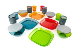 3_GSI_INFINITY 4 PERSON DELUXE TABLESET