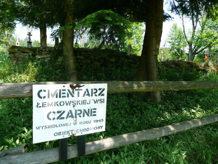 Cmentarz wsi Czarne