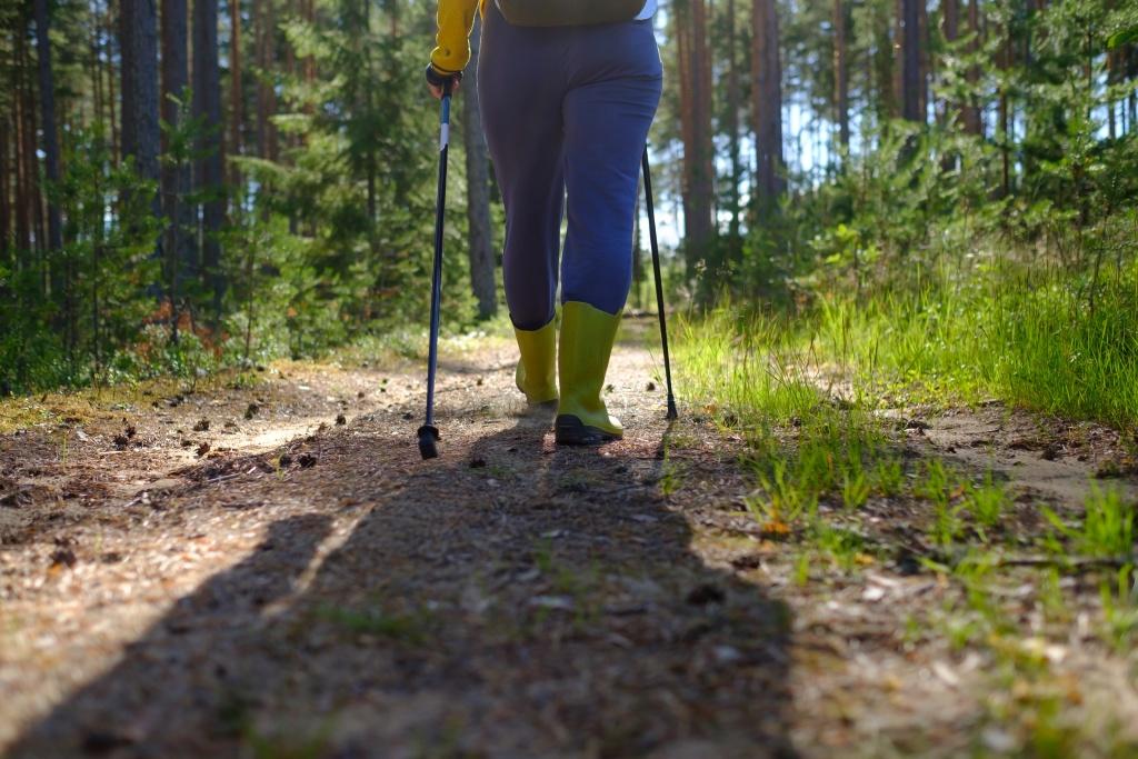 Jak dbać okije trekkingowe?